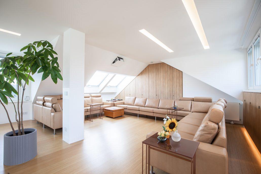 hoehnerhaus - Zimmer mit Sofa